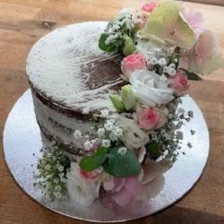 Bäckerei Schoder Torte Blumengirlande